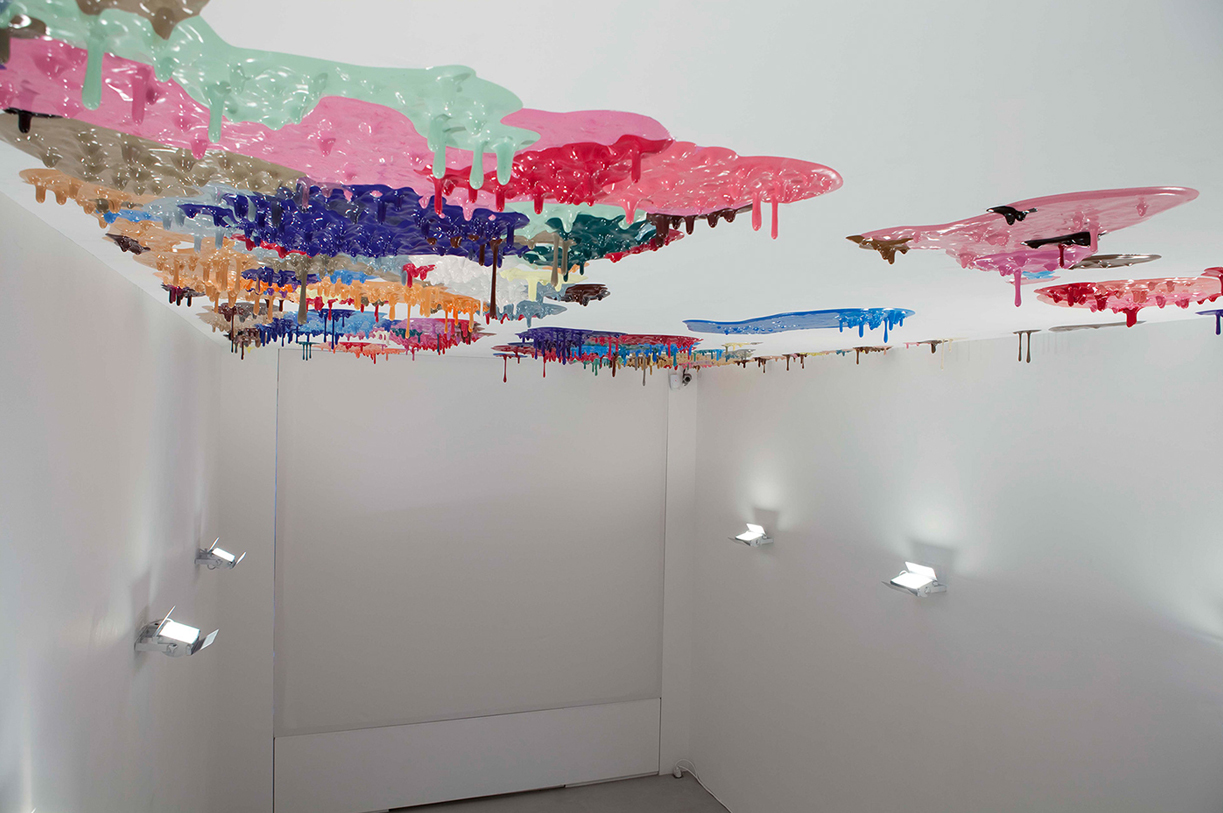 Peter Zimmermann – gravity, 2010 (installation view Galerie Perrotin)