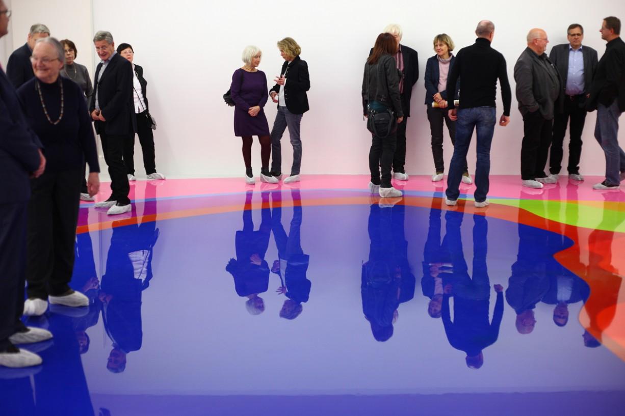 Peter Zimmermann – pool, Museum für gegenstandsfreie Kunst Otterndorf, 2016, epoxy resin